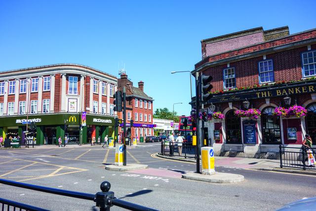 London Eltham_Location_Eltham City_06_Preview_large