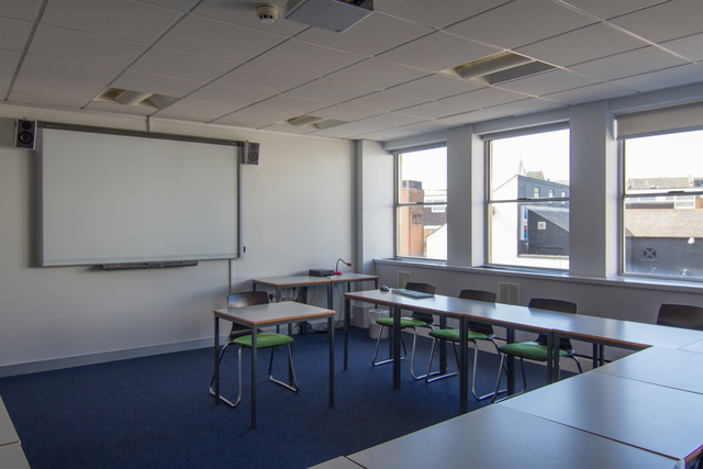 brighton_school_class-room_03__preview_large