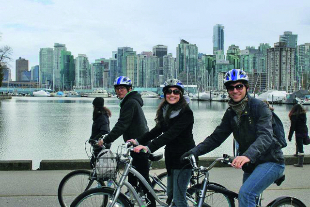vancouver_location_leisure_biking_students_01_preview_large